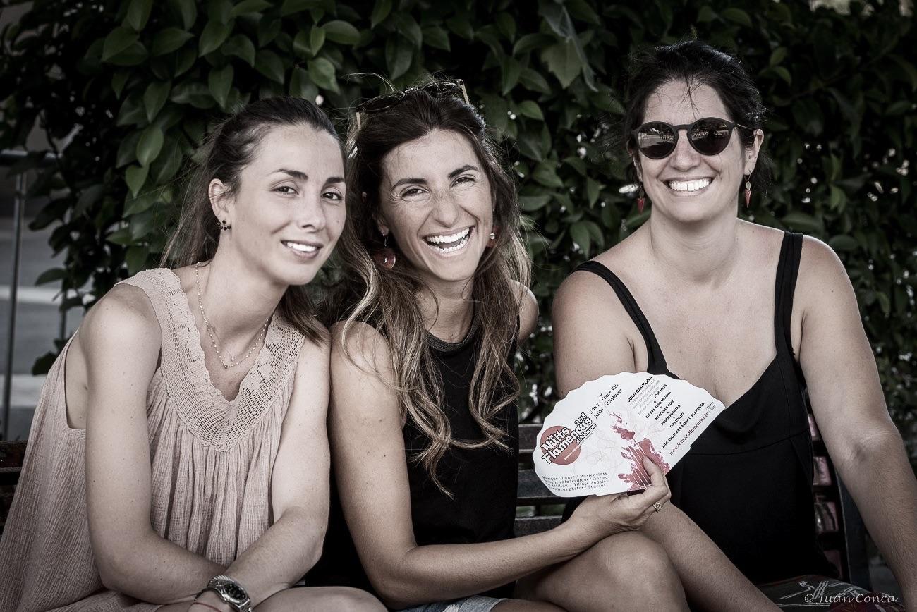 nomades girls
